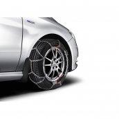 Mercedes-Benz A-Klasse B-Klasse CLA Schmutzfänger Satz vorne, A2468900078